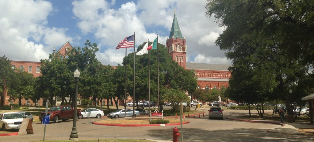 A photograph of Mission Circle at the University of the Incarnate Word with the Chapel of the Incarnate Word.